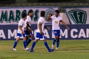 Léo fez de cabeça o gol salvador da vitória cruzeirense no Brinco de Ouro (Foto: Bruno Haddad/Cruzeiro)