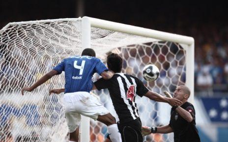 Centenário - BI 2009 - Carlos Roberto - Hoje em Dia - Arquivo